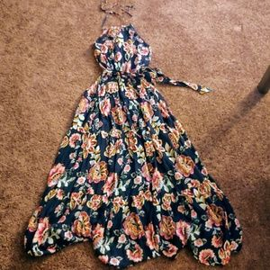 NWOT new York&co halter floral maxi dress